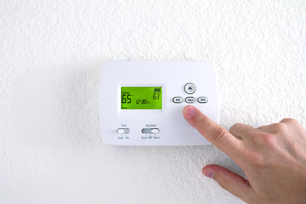 Using programmable thermostat for better Energy Saving
